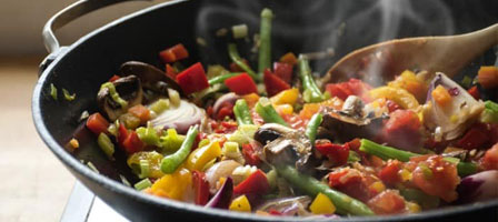 Saute-&-Stir-Fry-with-Canola-Oil